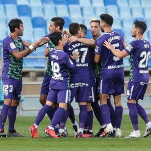 La crónica: «El Málaga gana con delanteros»
