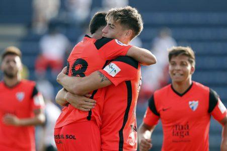 El Málaga CF muestra sus credenciales ante el Sevilla Atlético (2-0)