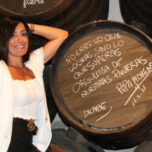Pepa Moreno recibe un reconocimiento en El Pimpi Málaga