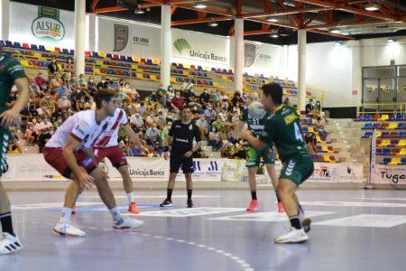 Iberoquinoa Antequera vence en El Argüelles (33-31)