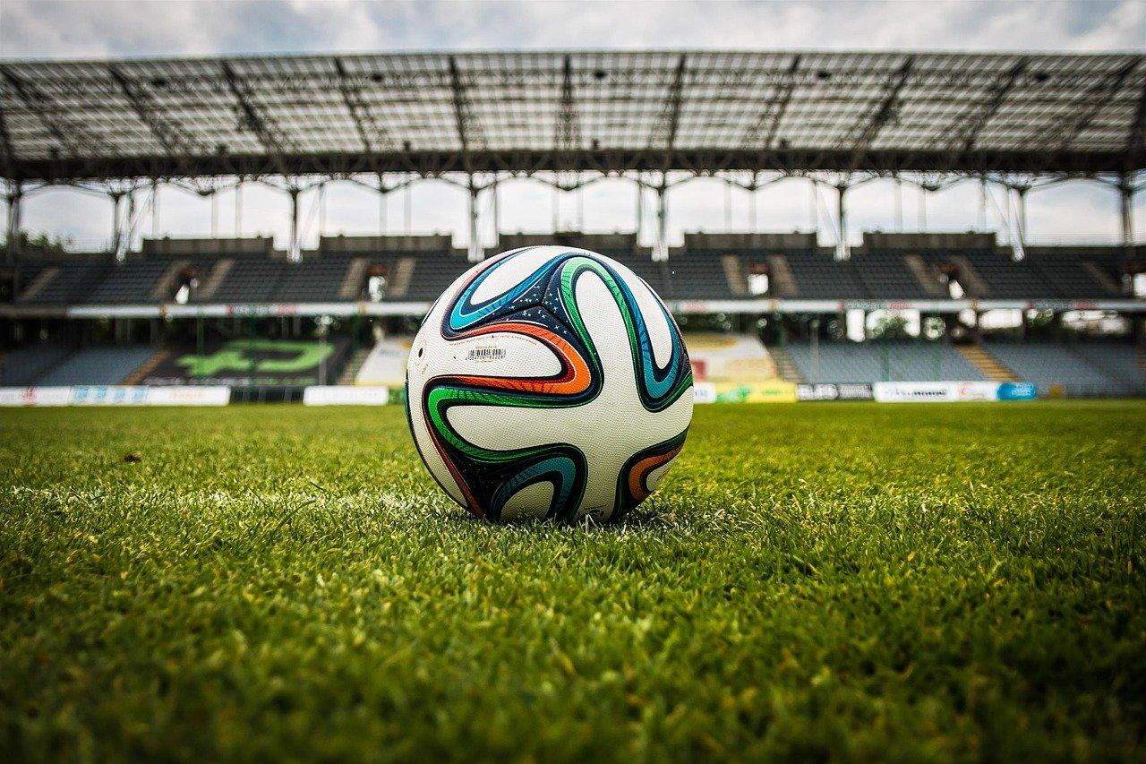 soccer-gaa655a523_1280